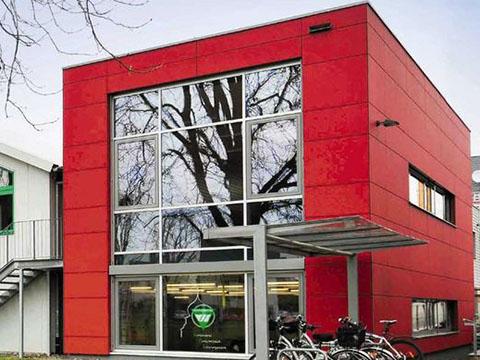 Beratungsprojekt der Flowcon Unternehmensberatung in Sachen Verkaufsprozessberatung - hier VfL Herrenberg Gesundheitsstudio von außen