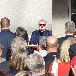 Begrüßung der Gäste beim Spatenstich der SG Weinstadt für das SGCube durch Herrn Silbernagel