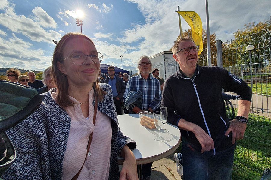 Beraterin Anne Seyfert von der Flowcon Unternehmensberatung GmbH beim Spatenstich des SGCube der SG Weinstadt